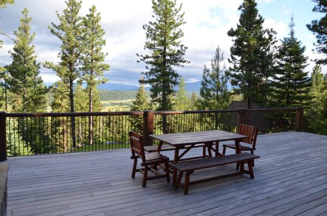 660-Migratory-exterior-backyard-deck2