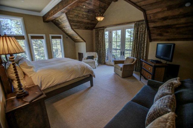 660-Migratory-interior-master-bedroom