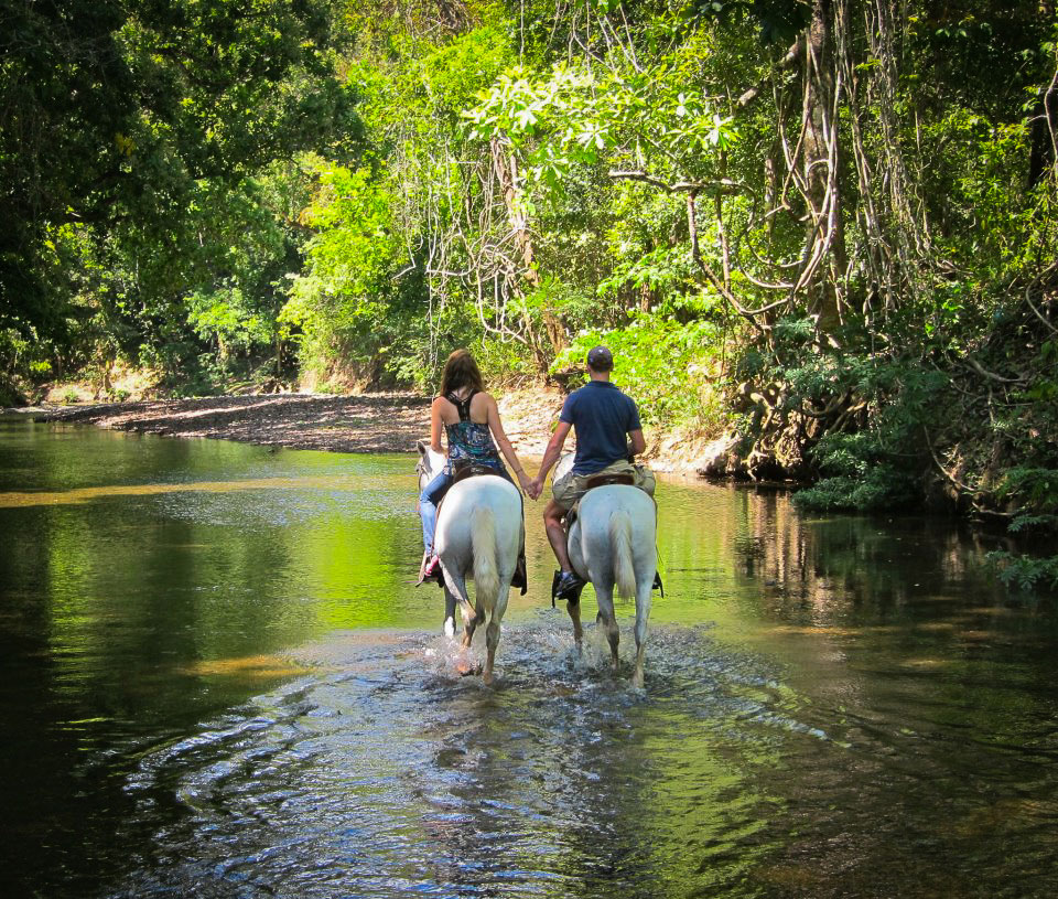 activities-horseback-riding-