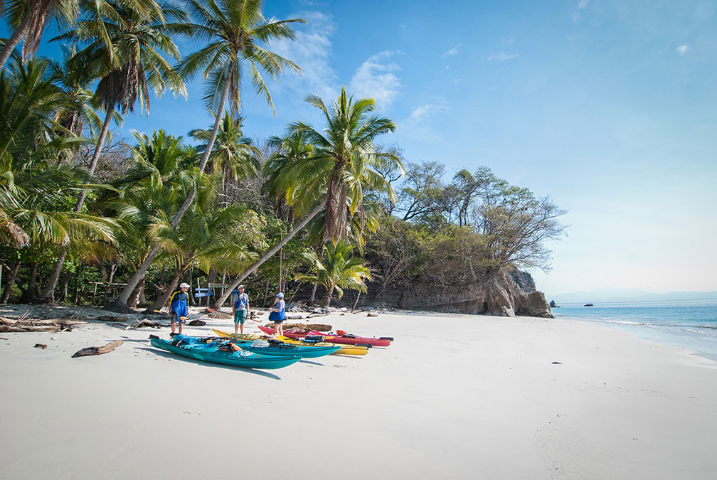 activities-kayak-tambor-tropical-2772