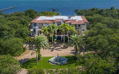 Exquisite Seaside Villa