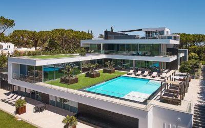 Prestigious and Pristine Property in Portugal