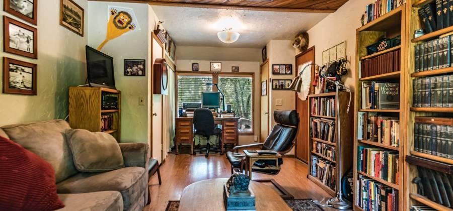 1802 Fisher Rd,Roseburg,Oregon 97471,United States,4 Bedrooms Bedrooms,10 Rooms Rooms,4 BathroomsBathrooms,Residential,Fisher ,1,185073