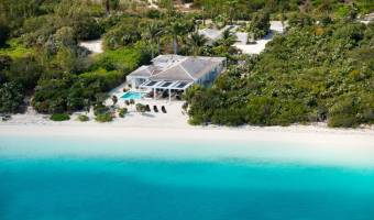 beachfront villa Leeward, Providenciales, TKCA 1ZZ, Turks/Caicos Is, 4 Bedrooms Bedrooms, ,4 BathroomsBathrooms,Residential,For Sale,beachfront villa Leeward,306380
