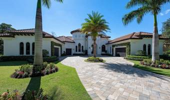 16044 Trebbio Way, Naples, Florida 34110, United States, 5 Bedrooms Bedrooms, ,4 BathroomsBathrooms,Residential,For Sale,16044 Trebbio Way,428583