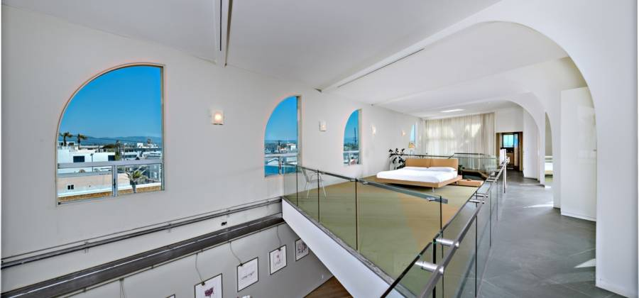 3111 Ocean Front Walk, Venice, California 90292, United States, ,Commercial,For Sale,Ocean Front Walk,458352