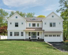 8 Robin Place, Old Greenwich, Connecticut, United States, ,Residential,For Sale,8 Robin Place,480539