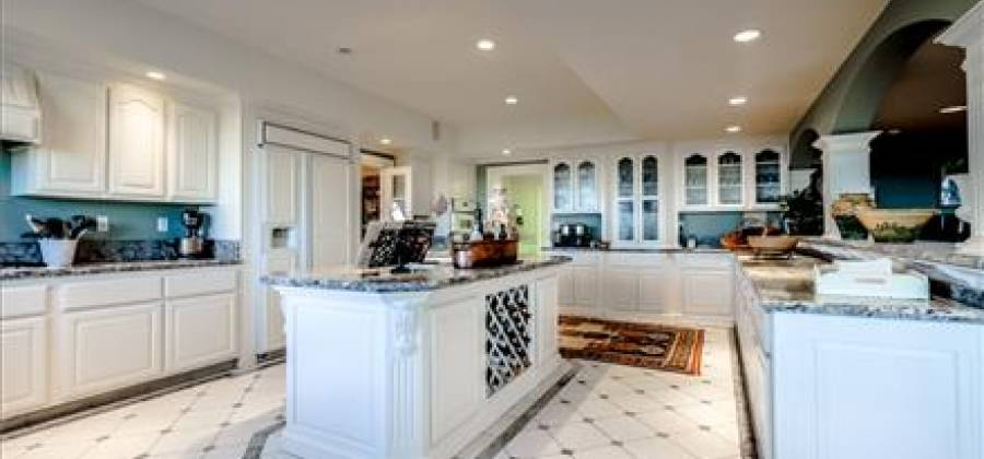 112 Holiday Dr,Watsonville,California 95076,United States,Residential,112 Holiday Dr,55729