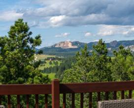 Back deck has 759 Degree View of Crazy Horse
