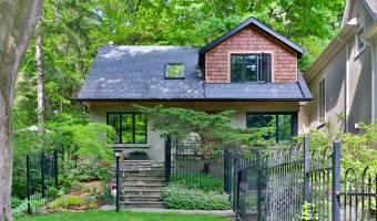 31 Dacre Crescent, Toronto, Ontario, Canada, 4 Bedrooms Bedrooms, 9 Rooms Rooms,2 BathroomsBathrooms,Residential,For Sale,Dacre,705447