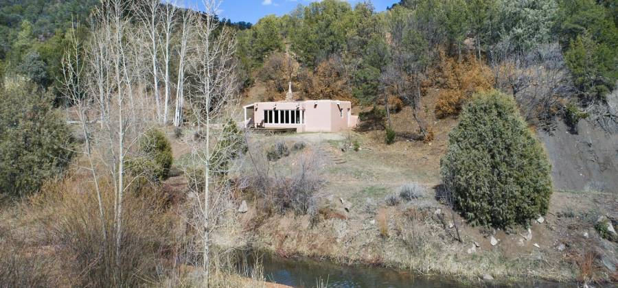 38 Johnsons Ranch Rd, Santa Fe, New Mexico 87505, United States, 3 Bedrooms Bedrooms, ,4 BathroomsBathrooms,Residential,For Sale,Johnsons Ranch Rd,745764