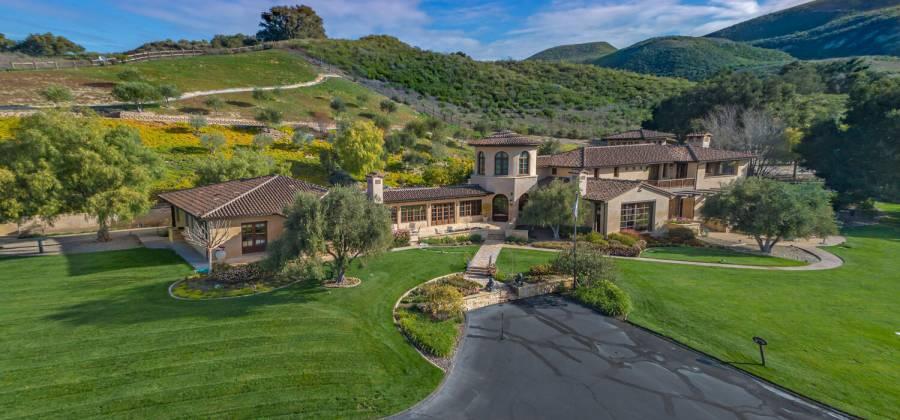 2667 Via de los Ranchos, LOS OLIVOS, California, United States, 6 Bedrooms Bedrooms, ,9 BathroomsBathrooms,Residential,For Sale,Via de los Ranchos,832096