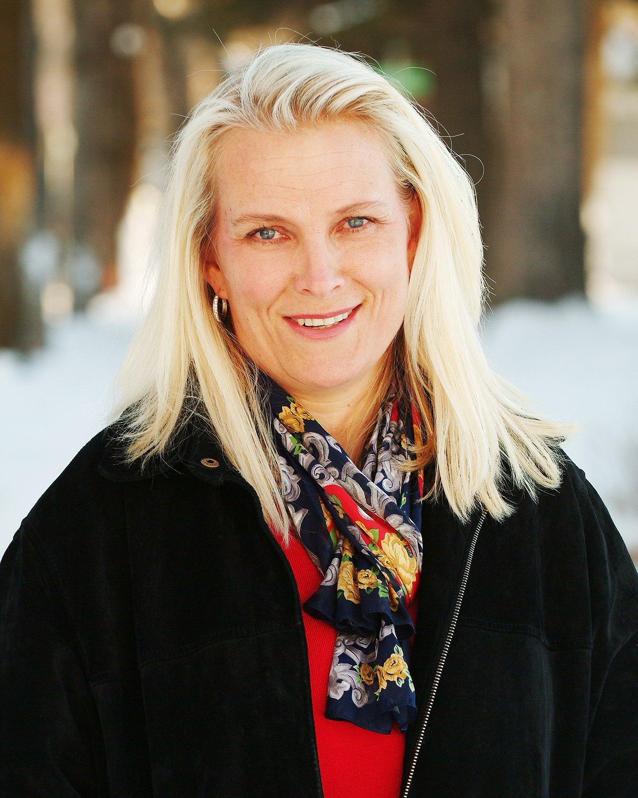 Carolyne Calvin